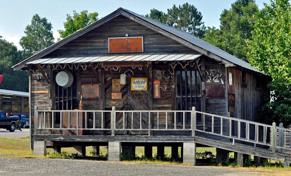 Photo of the Carlisle Store on the grounds of the Choctaw County, AL historical museum.